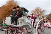Carriage with Santa from 2017 parade